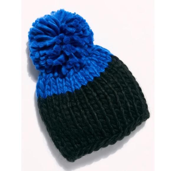 Free People Women's Cozy Up Color Block Beanie Hat Blue Black Pom Pom Winter